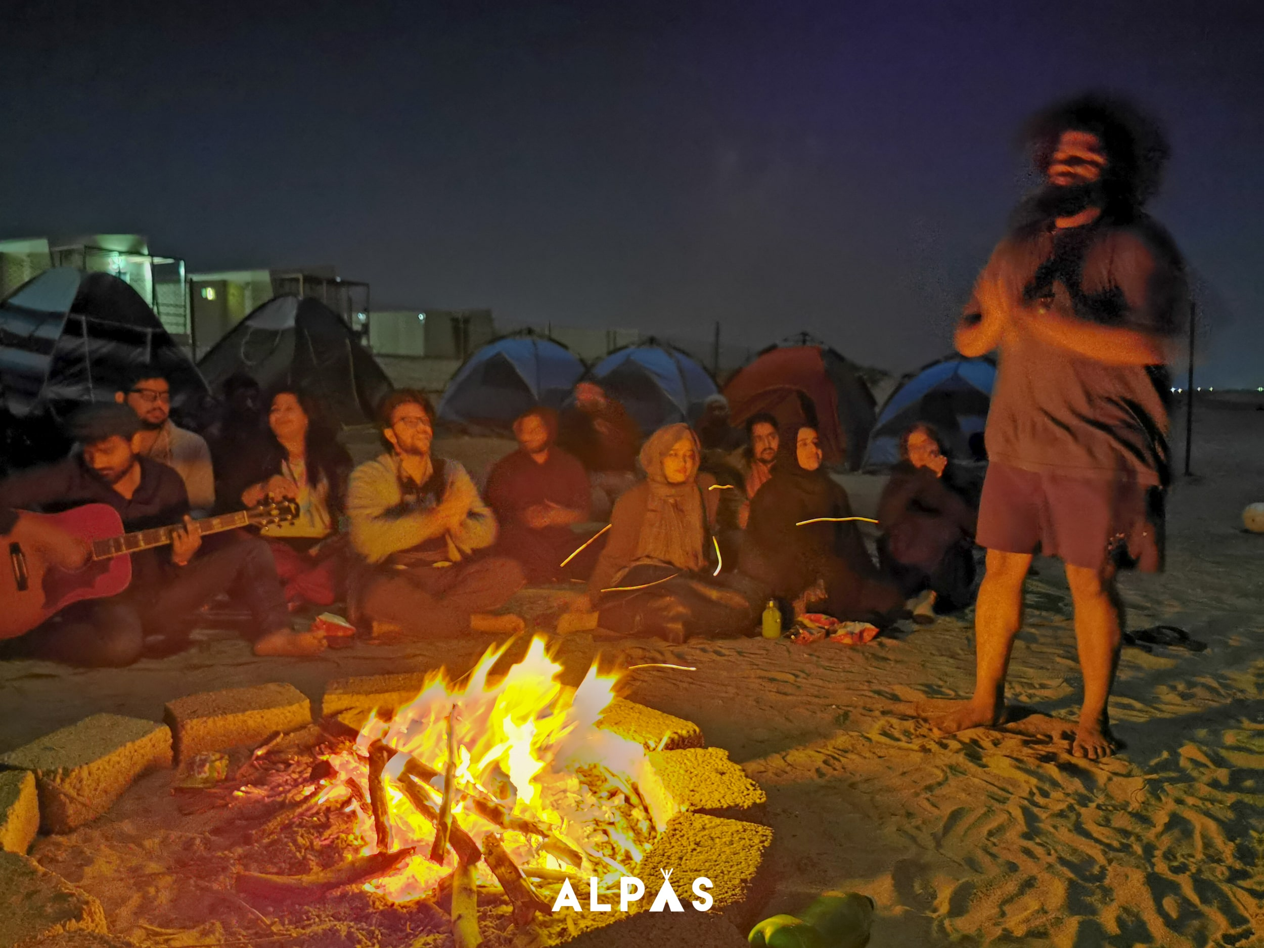 ormara-night-group