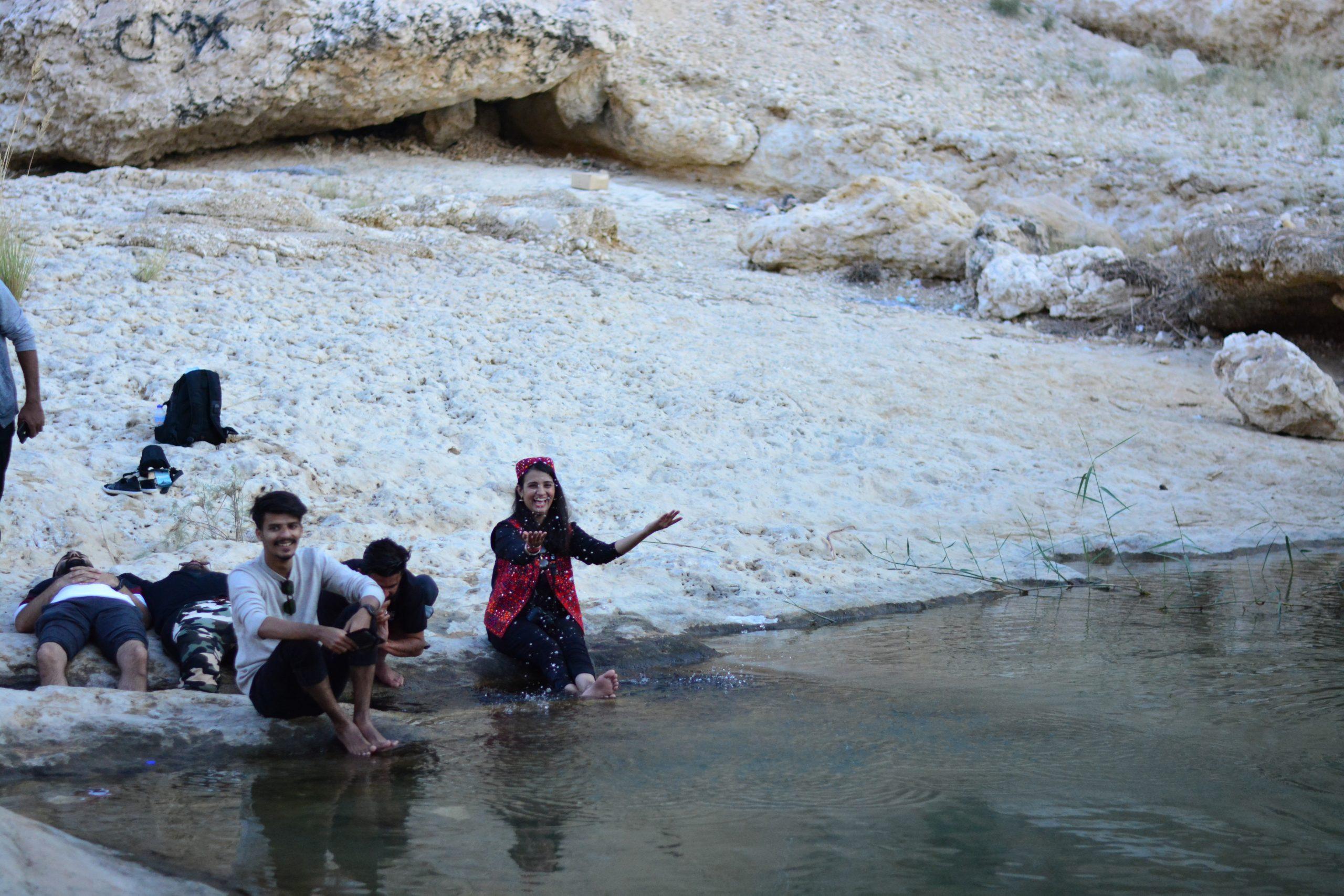 girl enjoy at lake of ranikot
