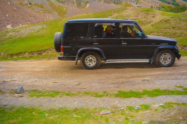 skardu-jeep